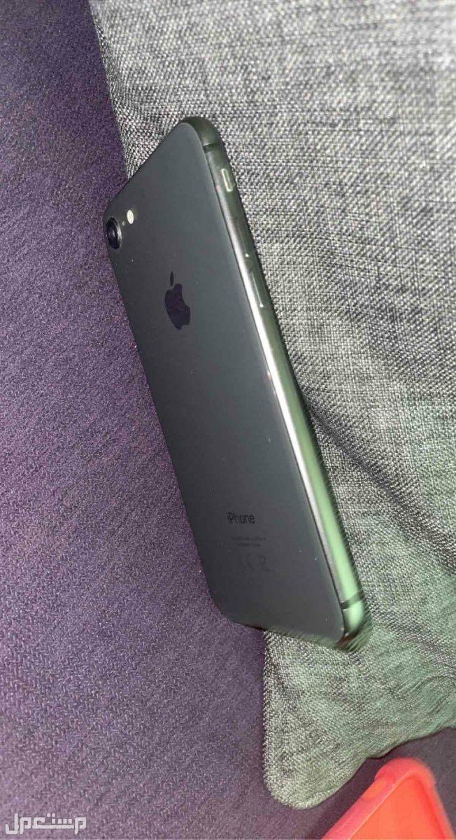 ايفون 8 مستعمل نظيف 256 جيجا