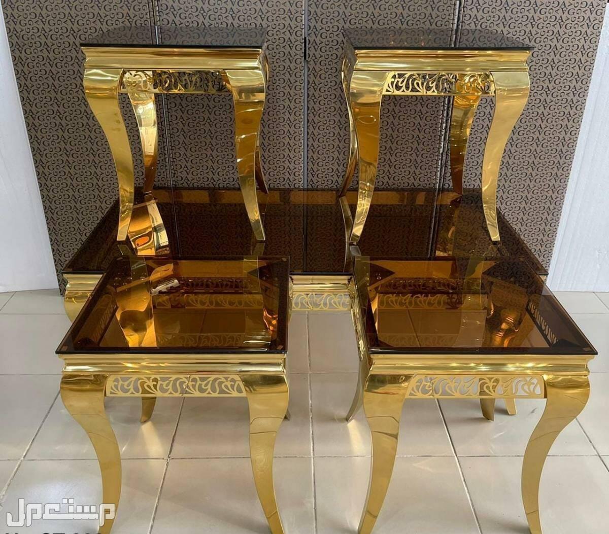 طاولات نص وصالون وخدمه