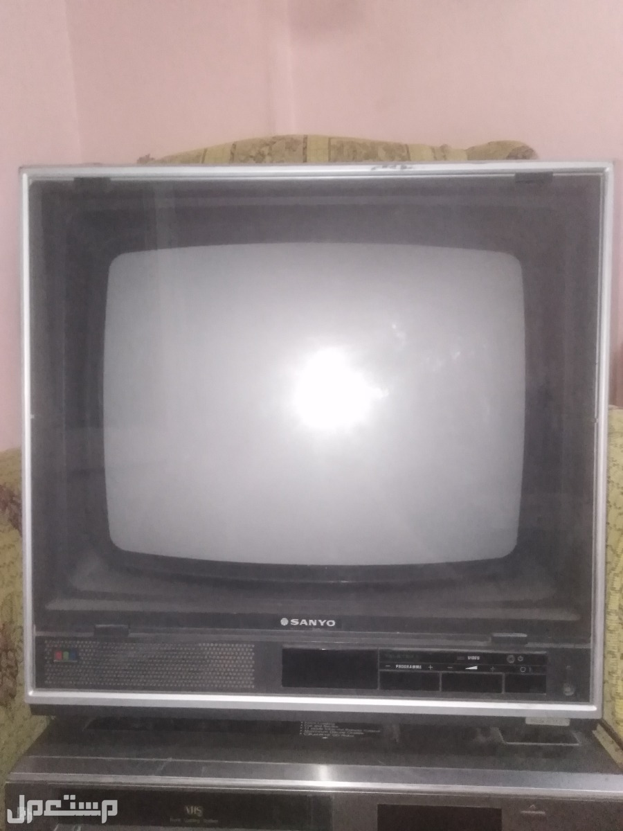 تليفزيون سانيو وفيديو باناسونيك وماكينه ترجيع شرائط ط