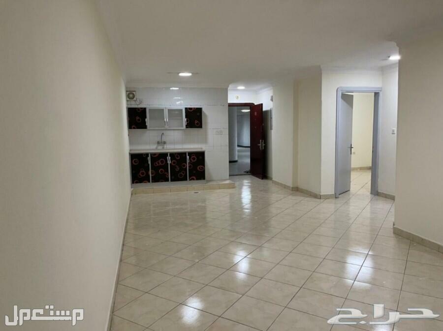 شقة للايجار السنوي بجدة بموقع وسعر مميز