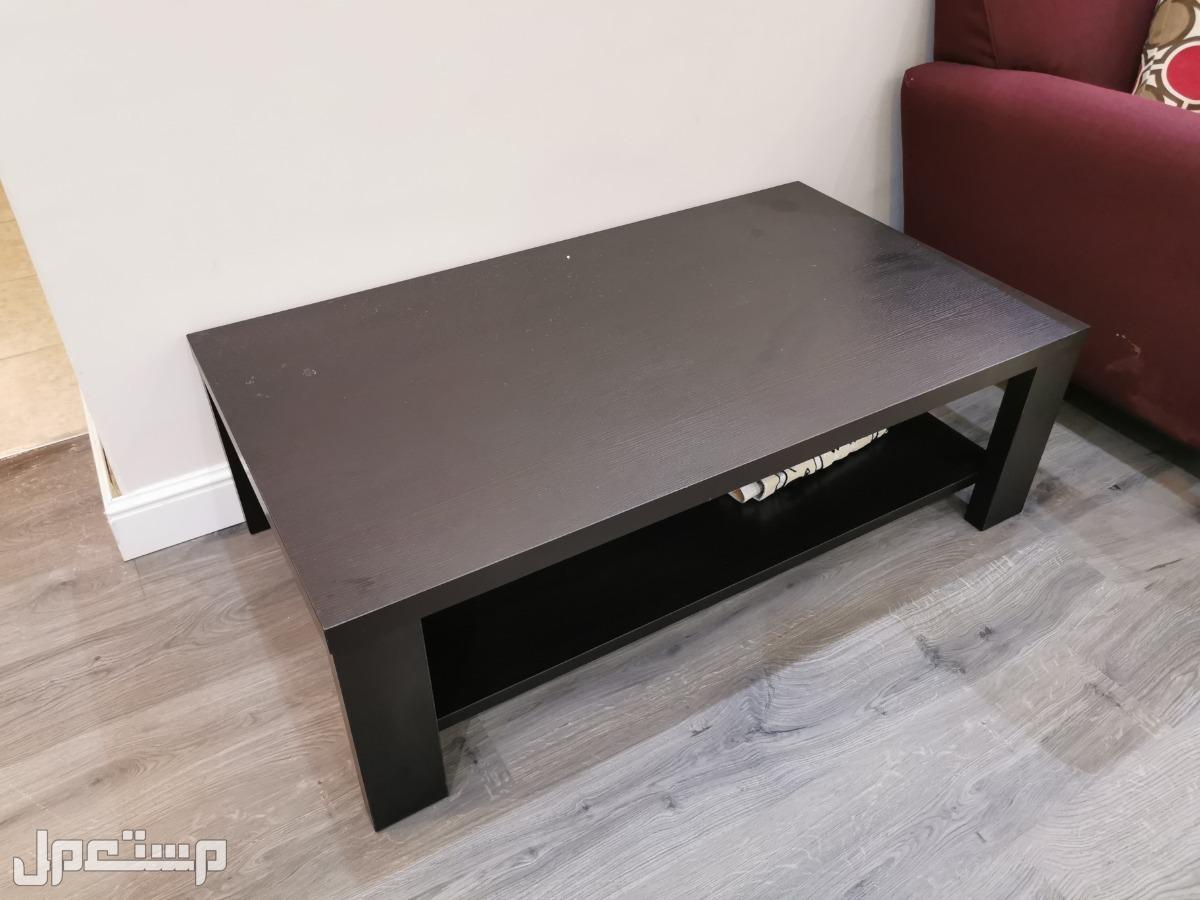 طاولة وسطية كبيرة مستعملة للبيع من المطلق