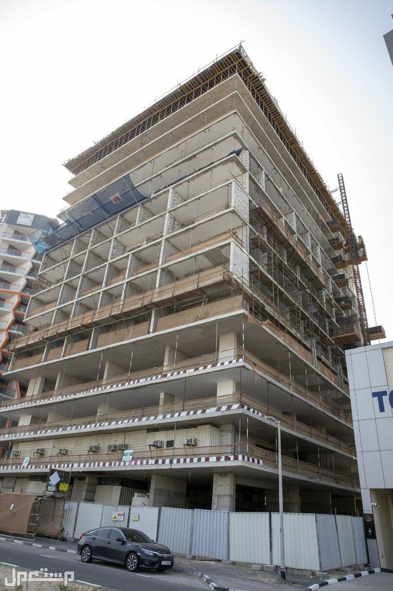 شقة غرفة وصالة كبيرة بالسيليكون بدفعة أولى 50 ألف درهم