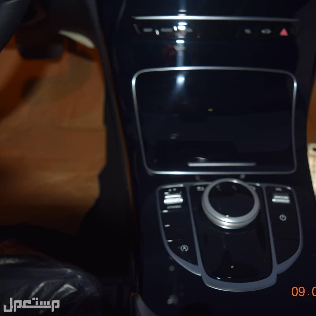 مرسيدس C200 موديل 2020  بدون فتحه