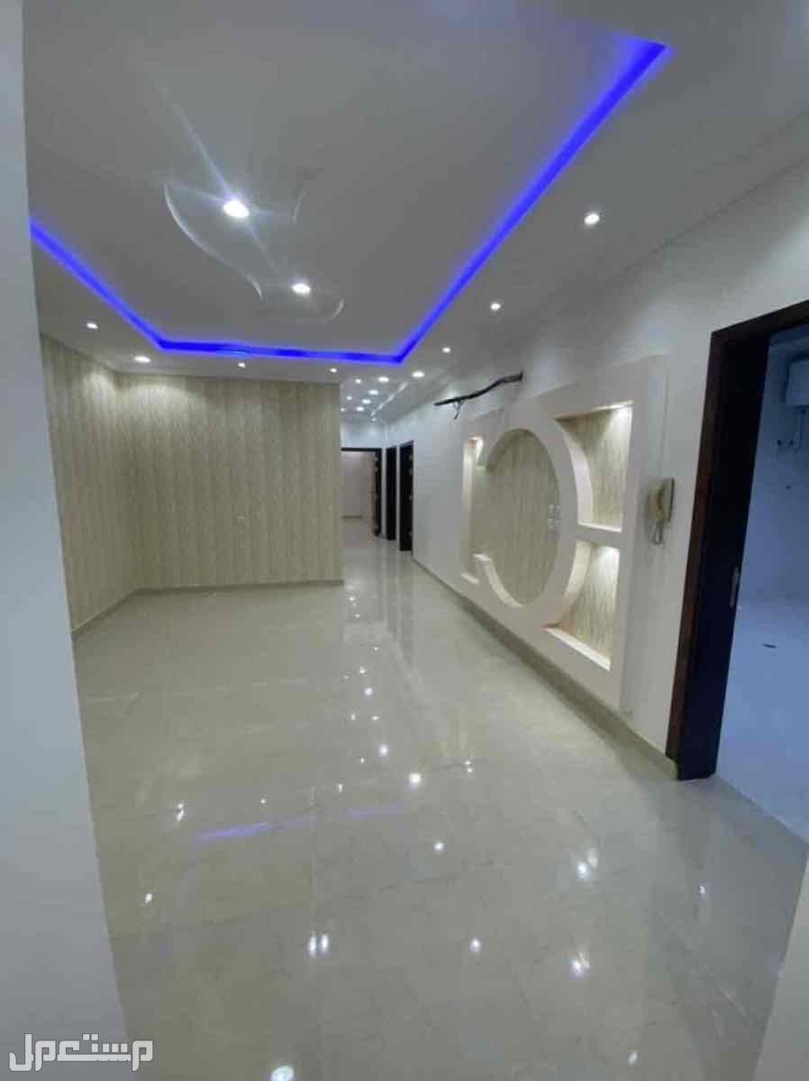 شقة تمليك في حي البيعه سعرها 700 واخرها650