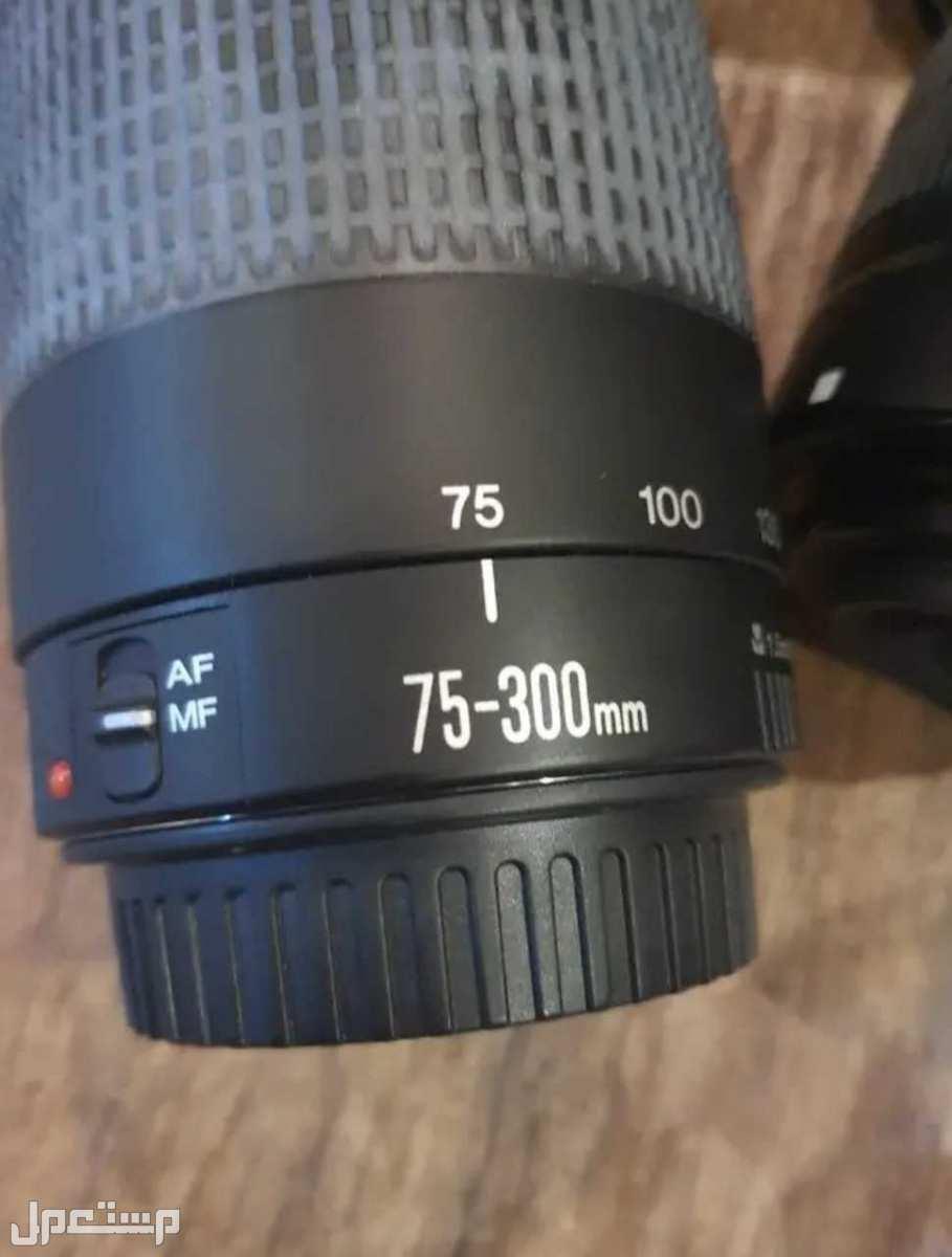كاميرا كانون d1100 مع عدستين