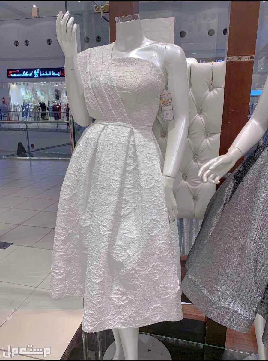فستان جديد فستان جديد