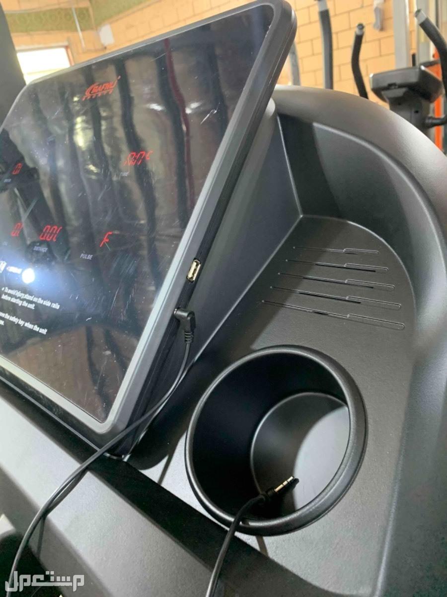 سير رياضي جري كهربائي 150 كيلو  عرض خاص 50 في الميه