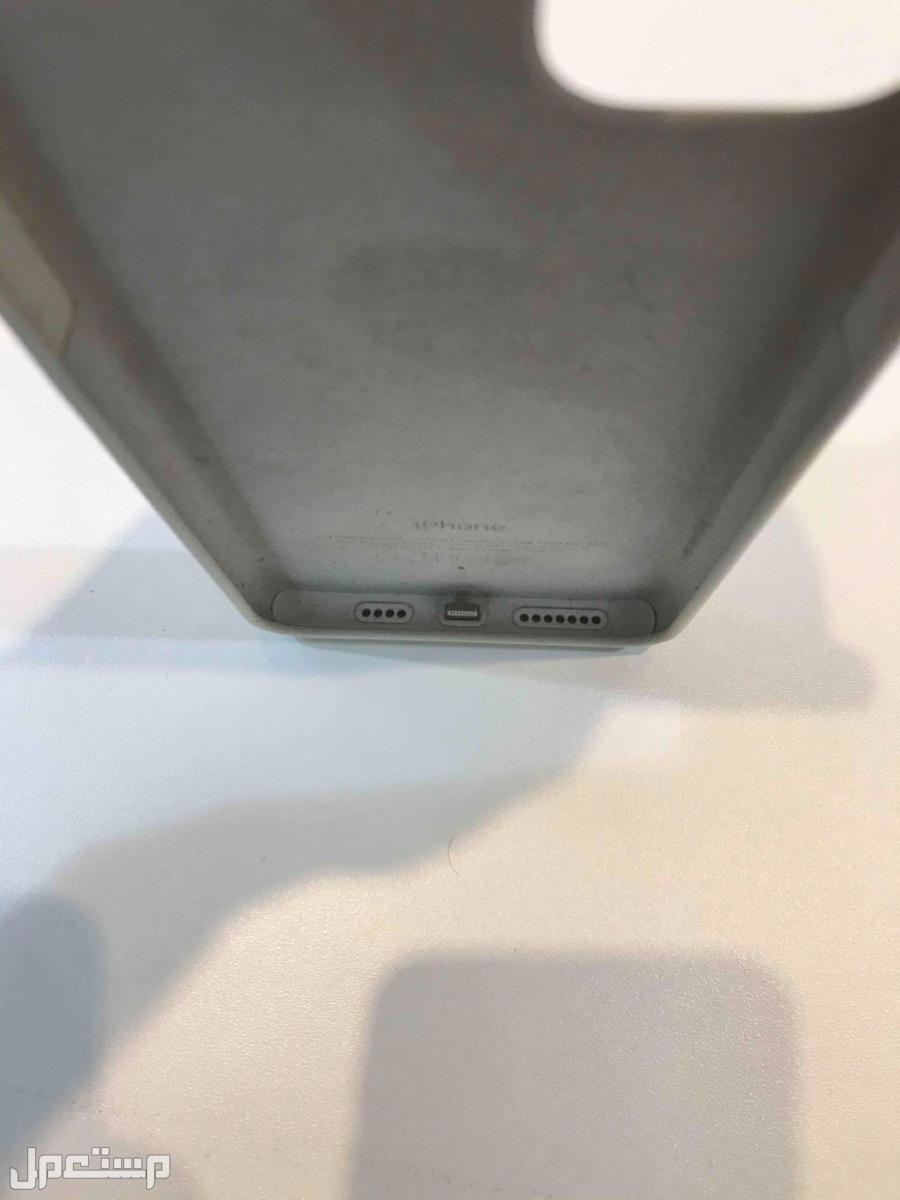 كفر ايفون 11برو ماكس جديد استعمال مره وحده سبب البيع لعدم وجود الايفون نفسه