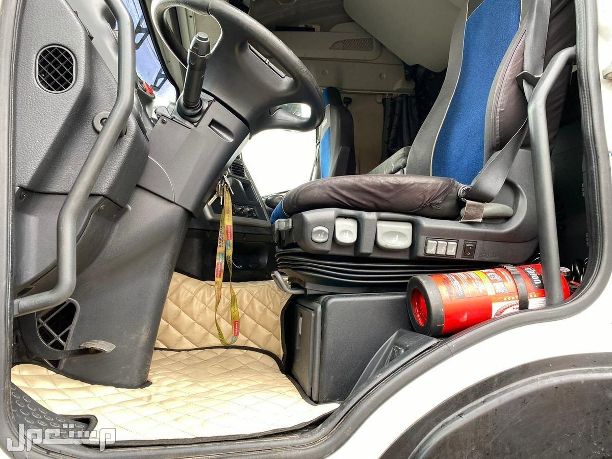 شاحنة افيكو موفرة حاليا فيجدة موديل 2011 500 قير عادي