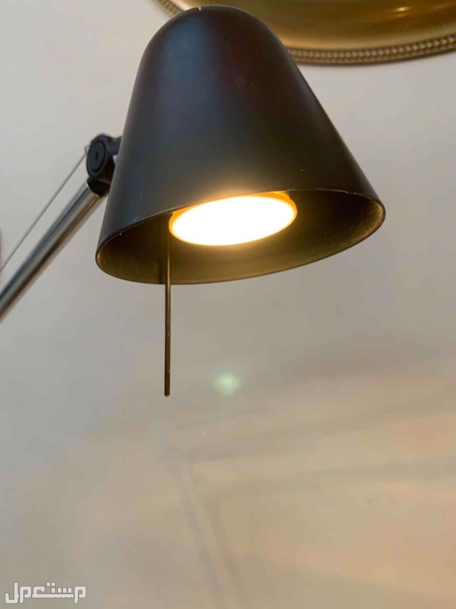 مصباح مكتبي من ايكيا للبيع
