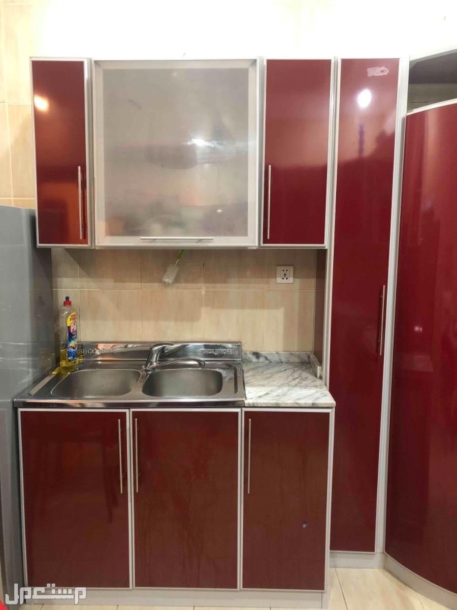 مطبخ نظيف جدا للبيع
