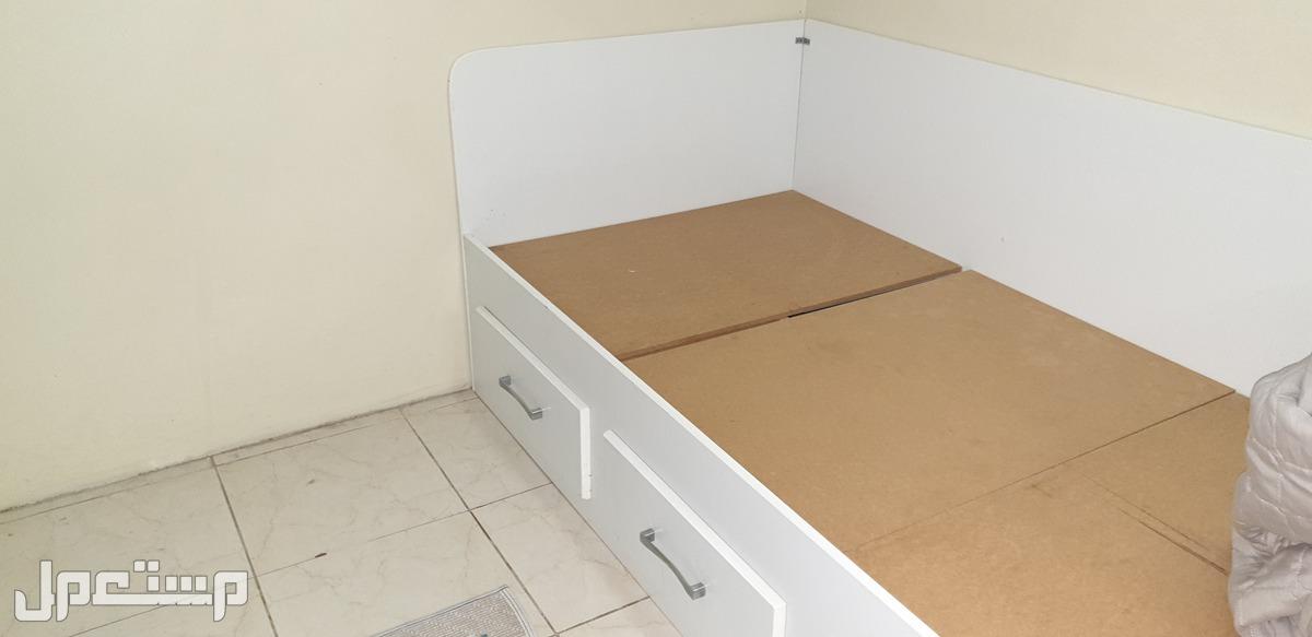 غرفة نوم لشخصين مفرد للبيع مستعجل