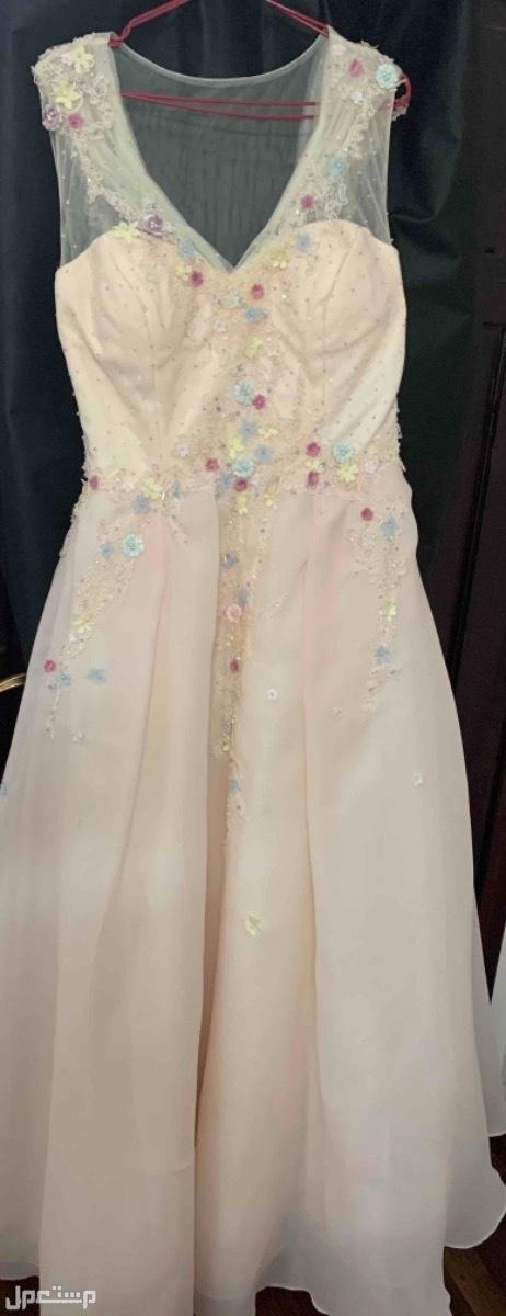 فستان مناسبه😍 من الامام