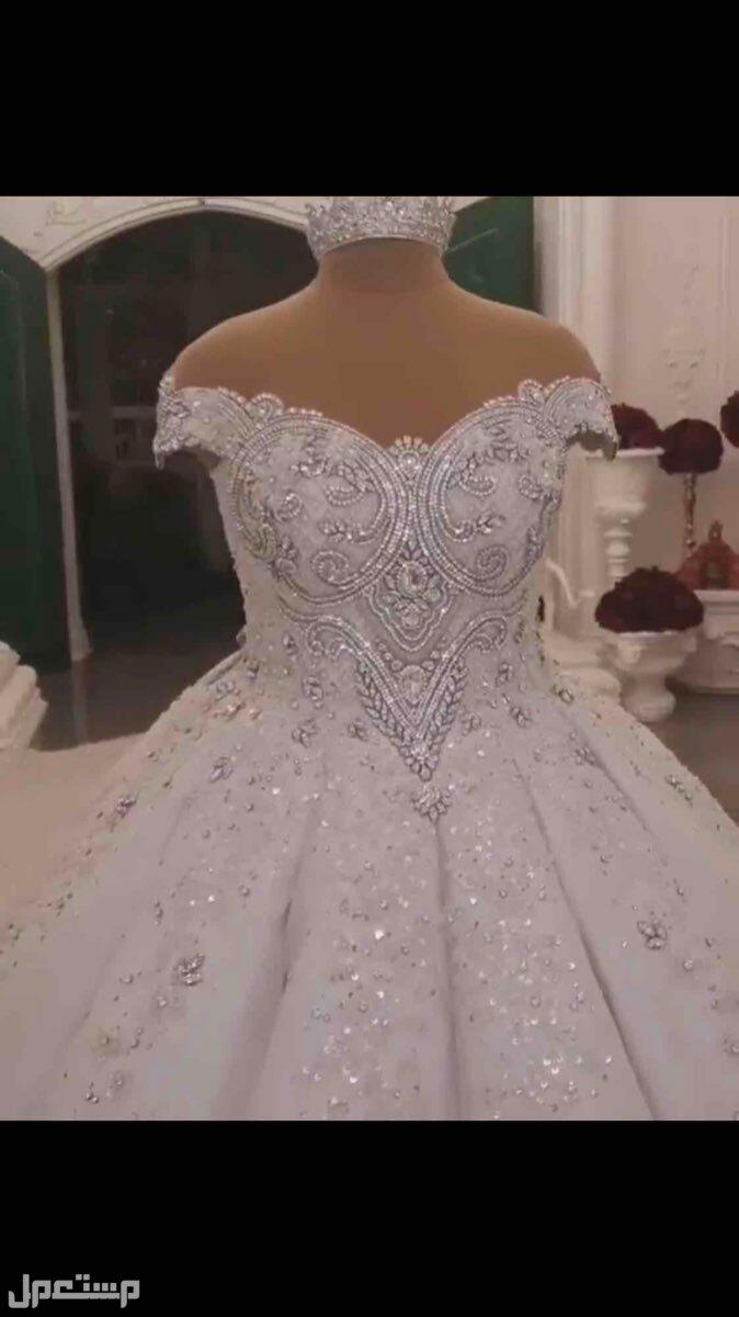 فستان عروس مرصع بالكريستال السوارفسكي💎💙 بدون الكسرات اللي قدام