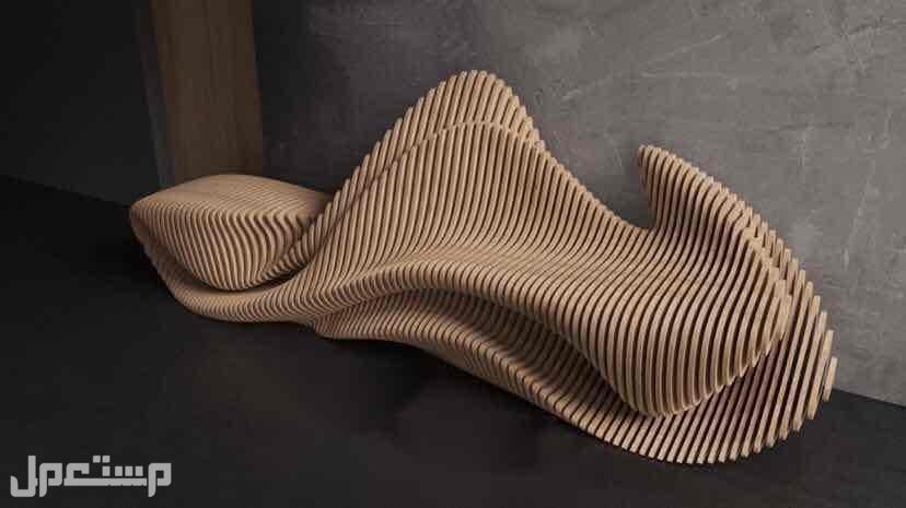 طاولات بتصاميم تموجات الخشب