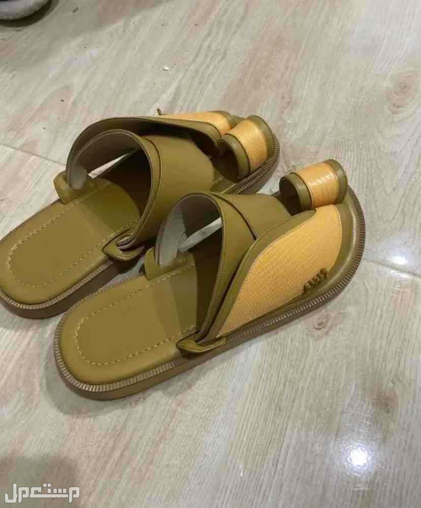 حذاء شرقي ماركة ( سوادنيس ) استعمال خفيف