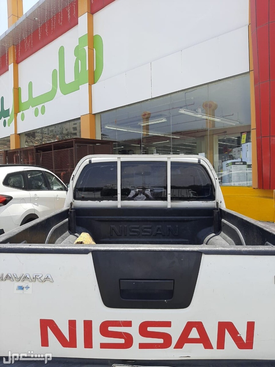نيسان نافارا 2009 مستعملة للبيع