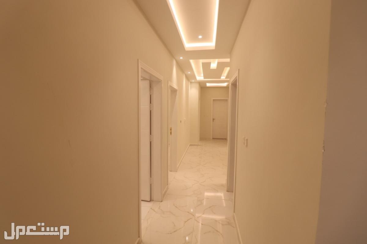 شقة فاخرة للتمليك 5 غرف بحي الواحة جدة