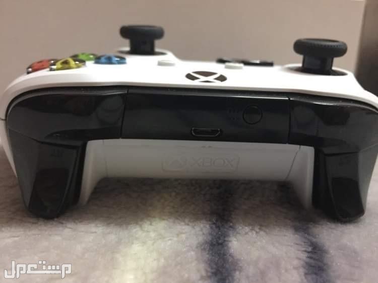 Xbox 1s للبيع مستعمل 3 ايام فقط