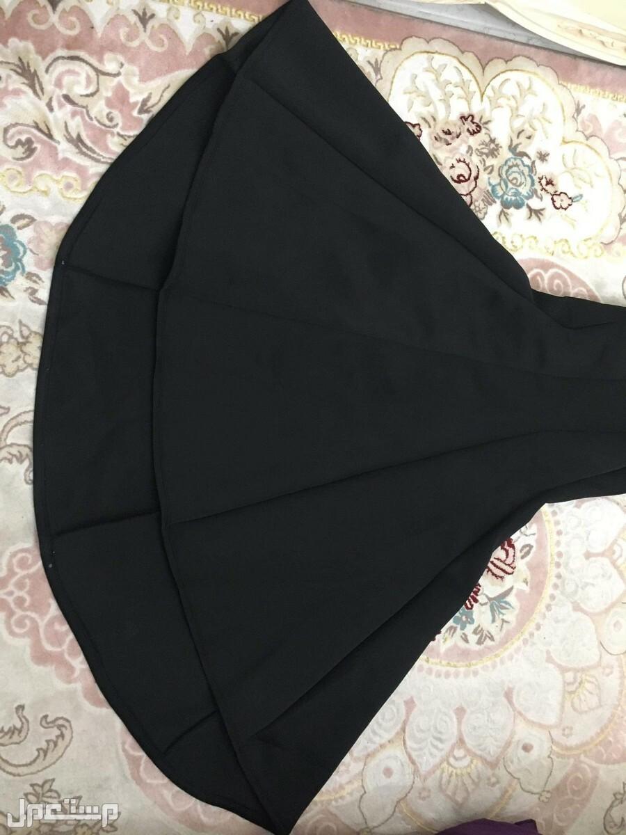 فستان طويل سواريه سهرة أمريكي أسود للبيع