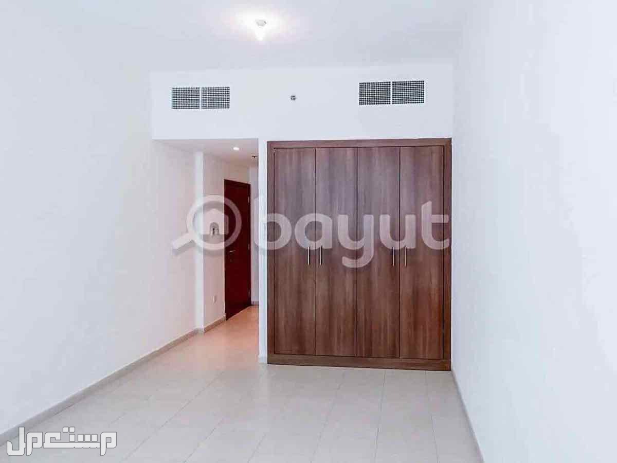 2 غرفه وصاله للبيع ف ابراج عجمان وان بسعر خيالي واقساط تصل الي 7 سنوات