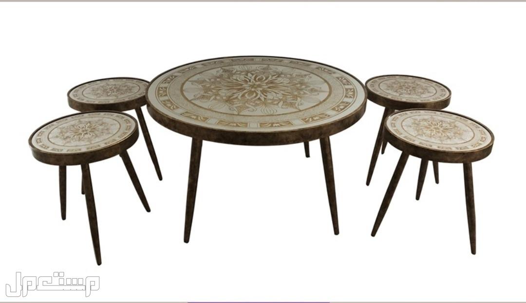 طاولات الخدمه