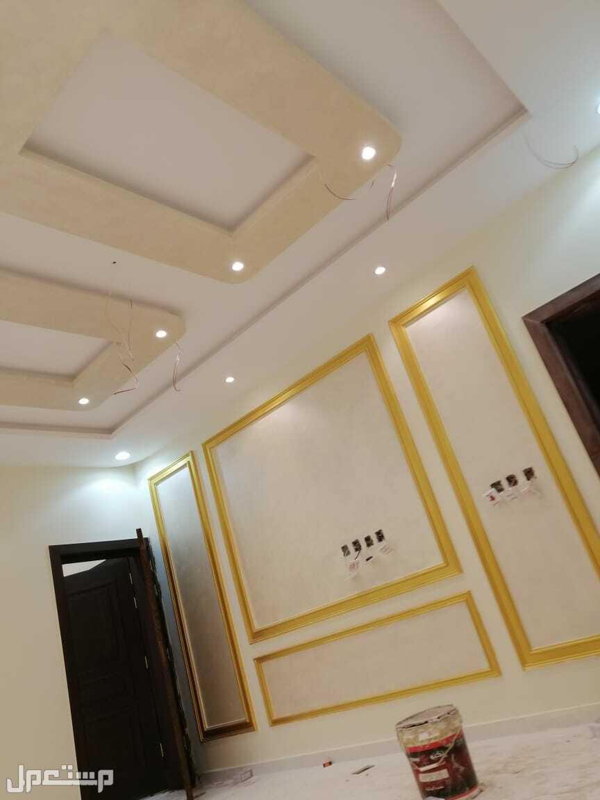 روف 5غرف جديد مع السطح للبيع من المالك مباشرة