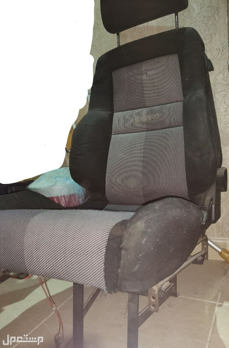 كرسي سيارة