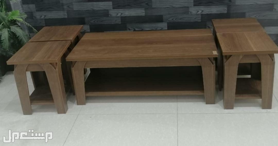 طاولات خشب 5 قطع خامة ممتازه جديده بالكرتون