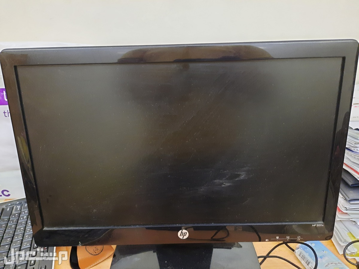 شاشة كمبيوتر hp حالة ممتازة للبيع