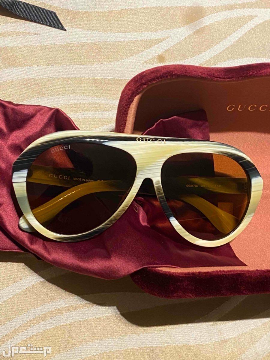 نظارة غوتشي جديده لم تستعمل بسعر منافس