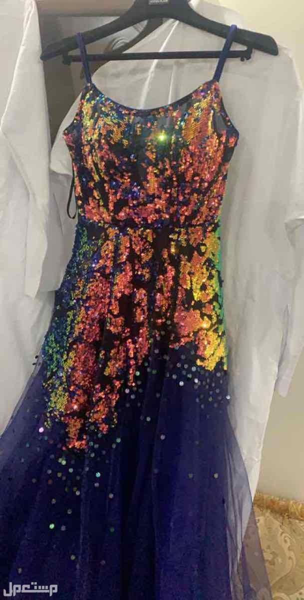 فستان سهرة انيق جديد ونظيف