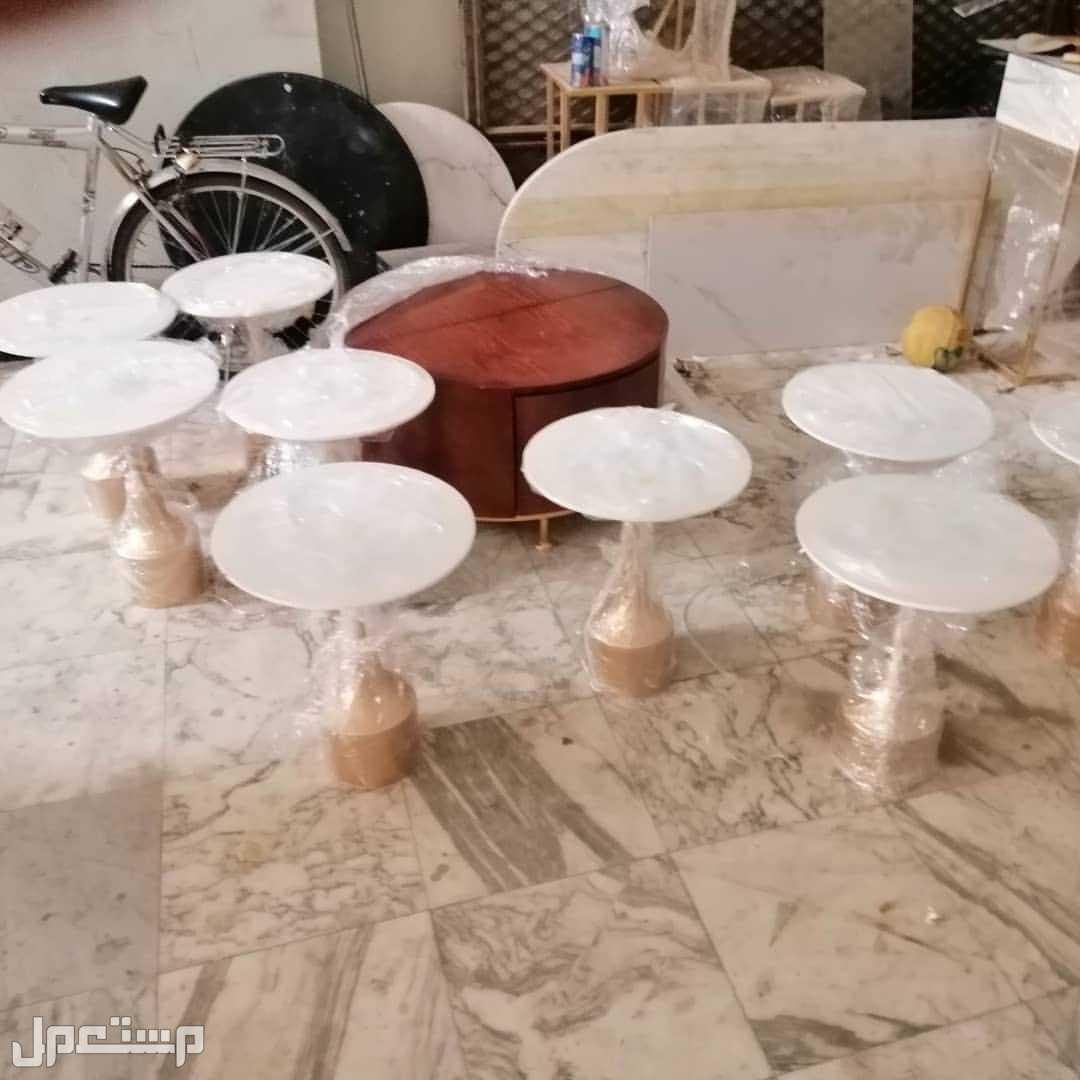 طاولات  وكرأسي