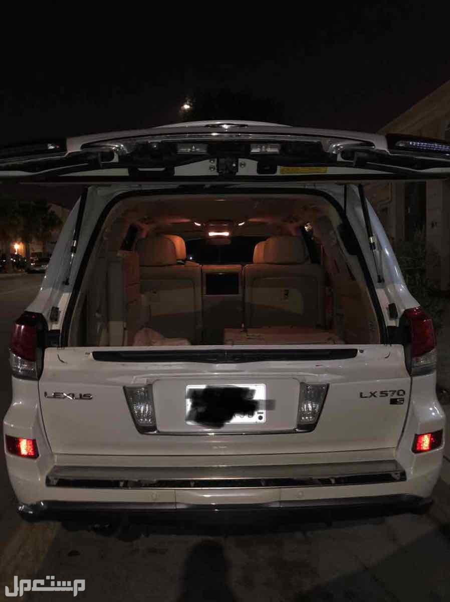 السيارة: جيب لكزس LX570 فل كامل .  الموديل: 2009