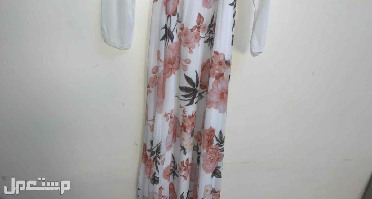 فستان بتصميم فرنسي مرتب