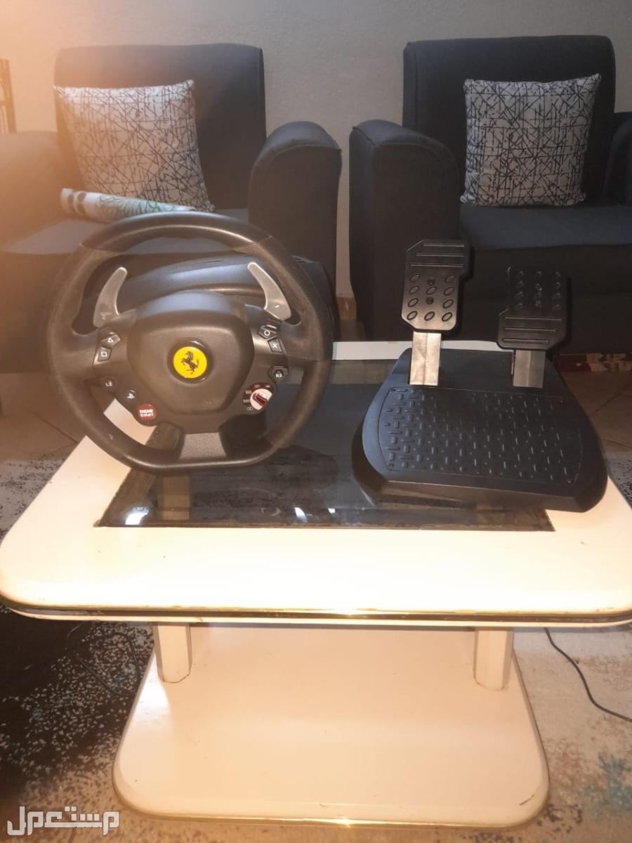 عجلة قيادة للبلايستيشن 4 و PC نوع Thrustmaster