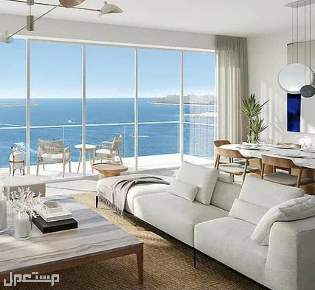 تملك البحر في منتجع المهرة الفندقي مع عوائد استثمارية مضمونة بالعقد 8% إطلالات الاجنحة الغرفة والصالة على البحر مباشرة