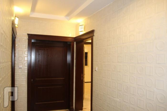 شقة جديدة و فاخرة 3 غرف بـ 250 الف بدون عمولة