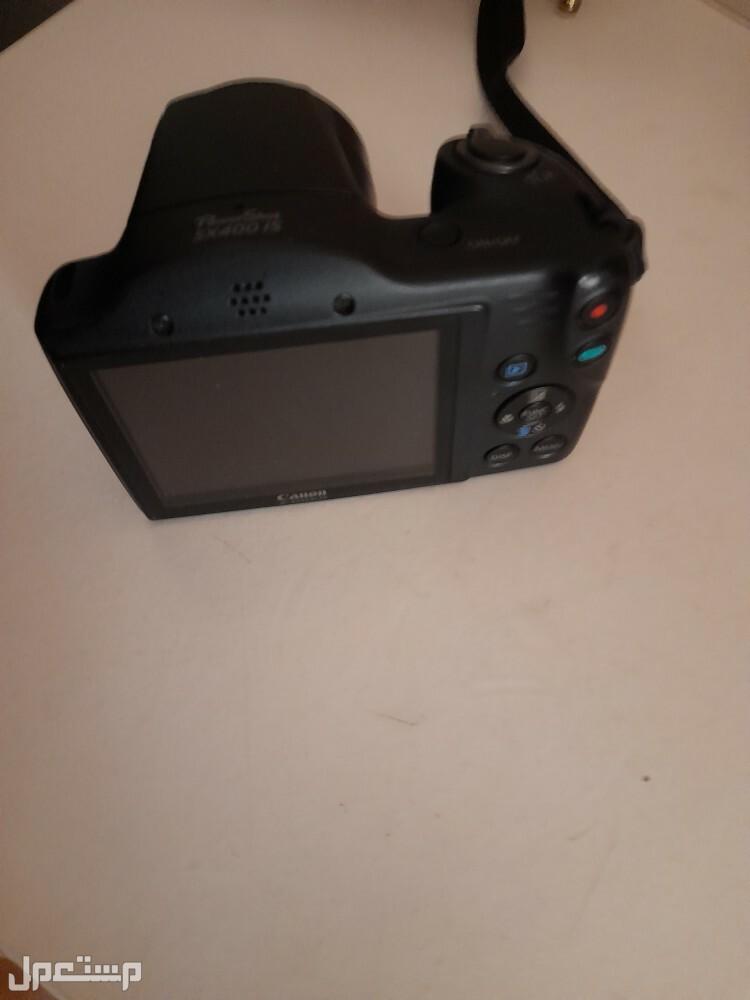 كاميرا كانون صغيرة