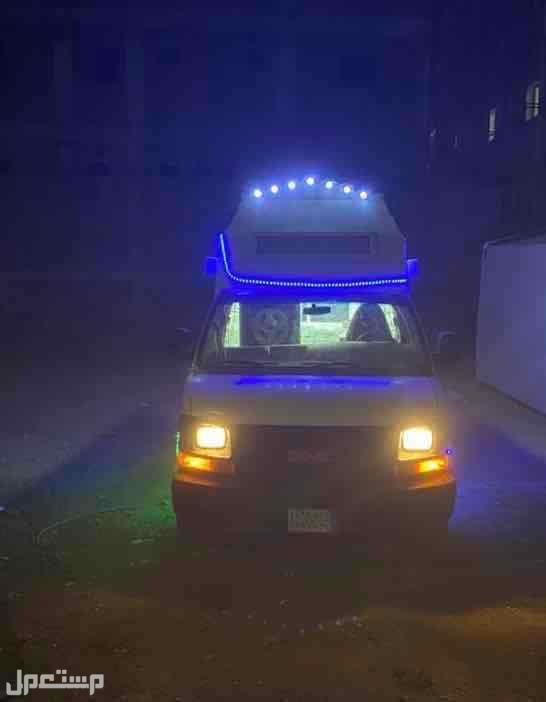 سيارة ايس كريم سافانا 2012
