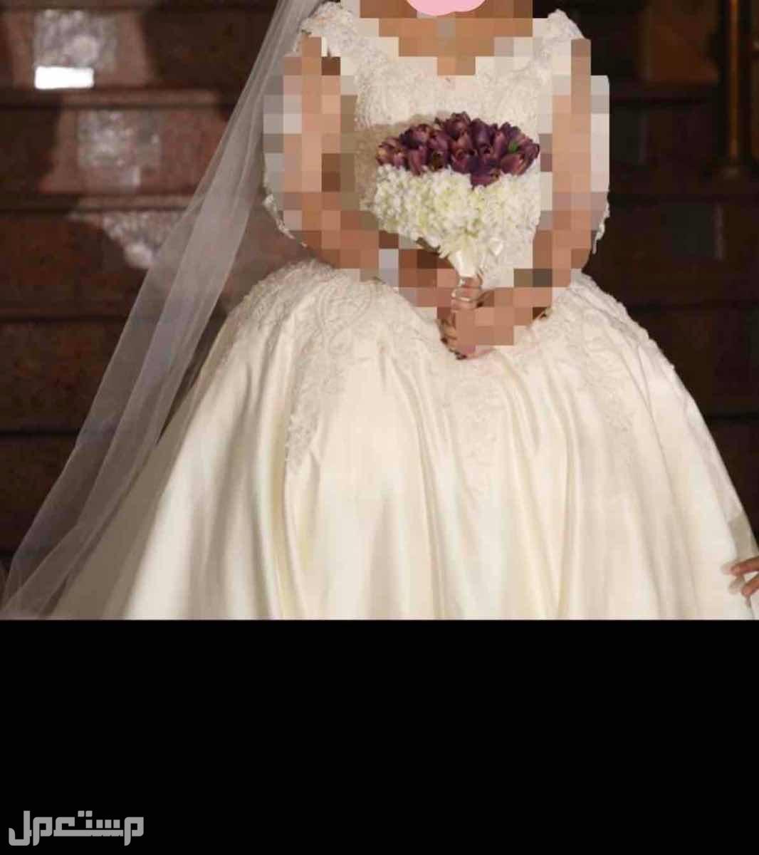 فستان ( عروس ) للبيع