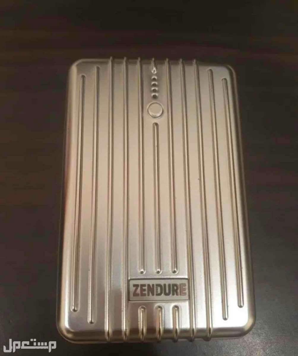 شاحن متنقل Zendure بسعة 10 الاف مل امبير.
