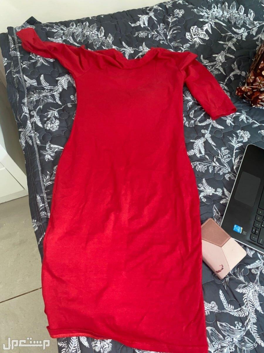 الطايف فستان احمر قصير