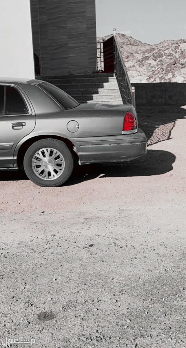 فورد كراون فكتوريا 2004 مستعملة للبيع