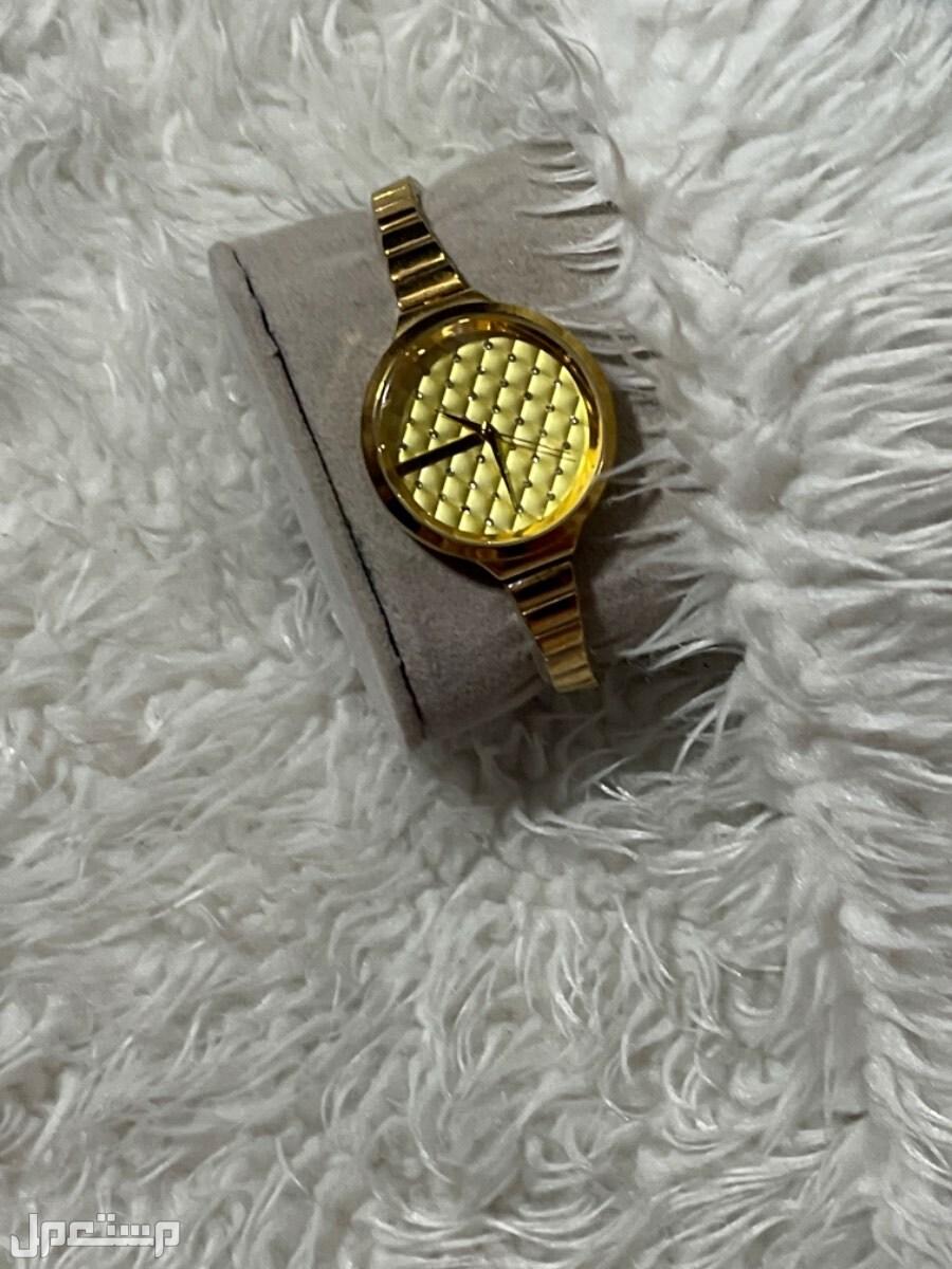 ساعة MANDO