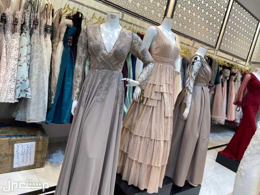 الخبر مجمع فنيسيا كل فستاني عليها خصم