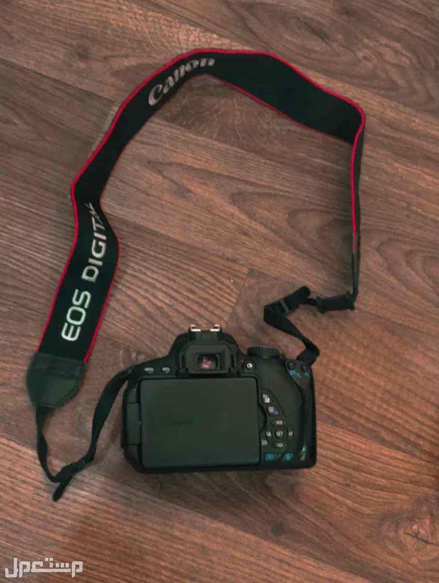 كاميرا كانون D650