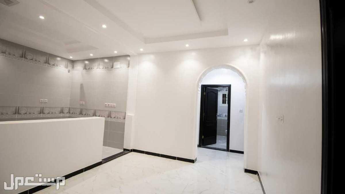 شقة تمليك 5 غرف كبيرة دمج بسعر مغري