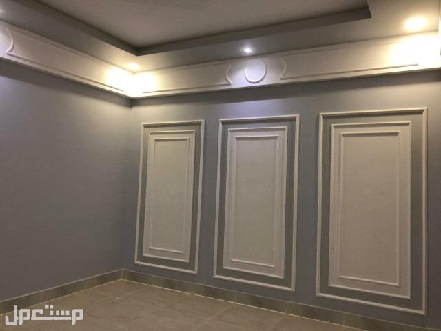 اربع غرف بمدخلين قرب الخدمات من المالك مباشره
