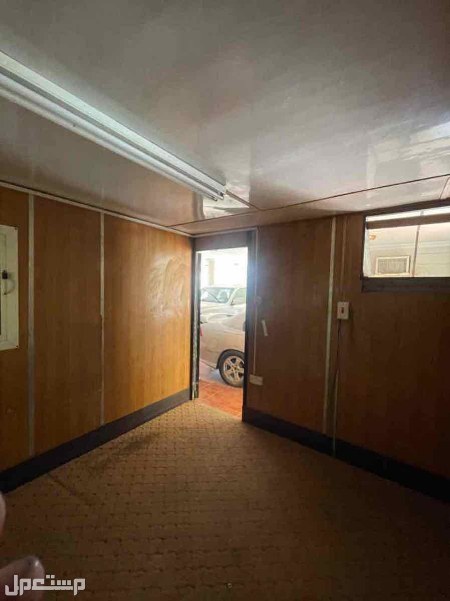 بركس للبيع غرفة 3 *3 نظيفة جدا في جدة